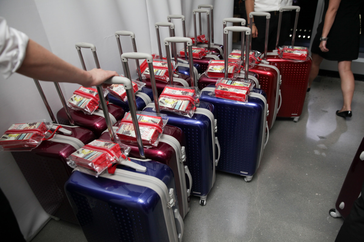 Every guest at the awards reception received a 63-pound suitcase of beauty products. Disclosure: I got one as well, and I'm sorry I'm not sorry. Photo: Allure/BFA