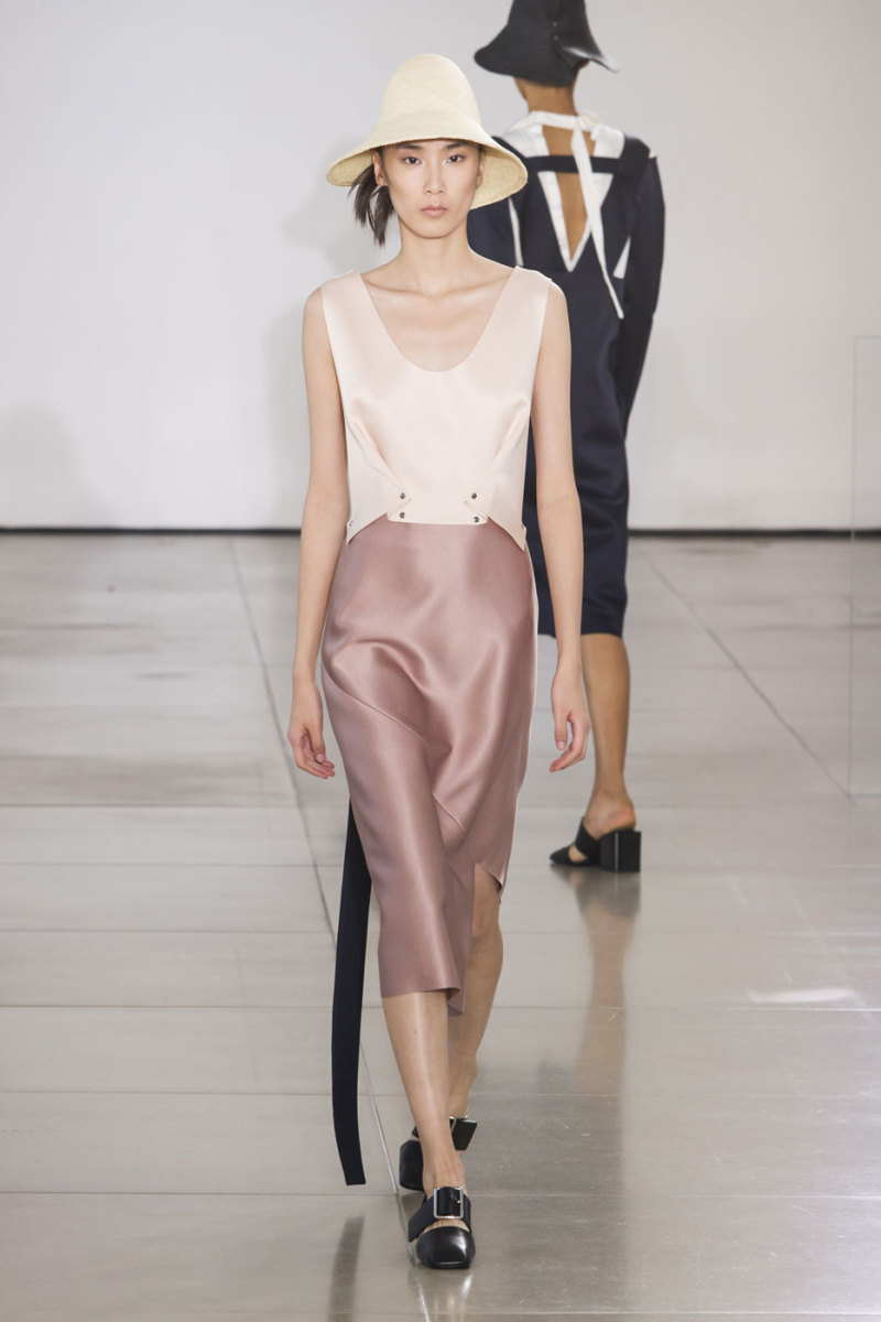 A look from Jil Sander s spring 2016 collection. Photo  Imaxtree 94945e42f7a6f