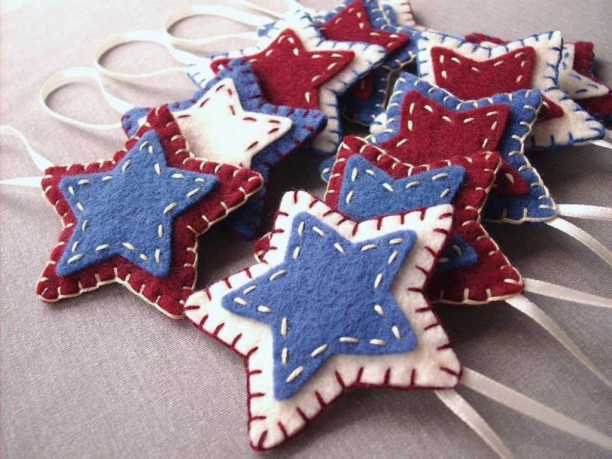 'PeachPod Handmade' 10 rustic star ornaments, $19.99, available at Handmade at Amazon.