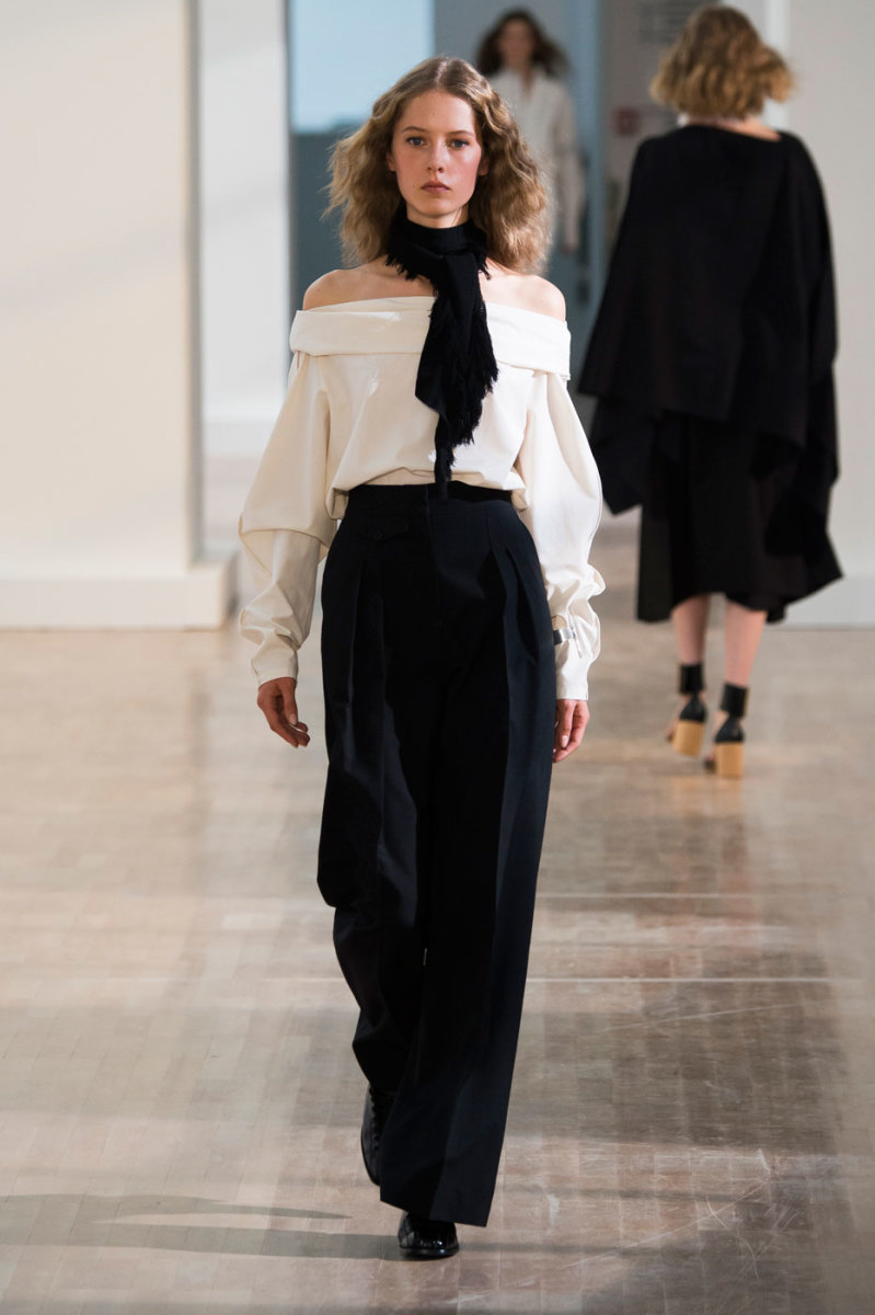 A look from Lemaire's spring 2016 collection.