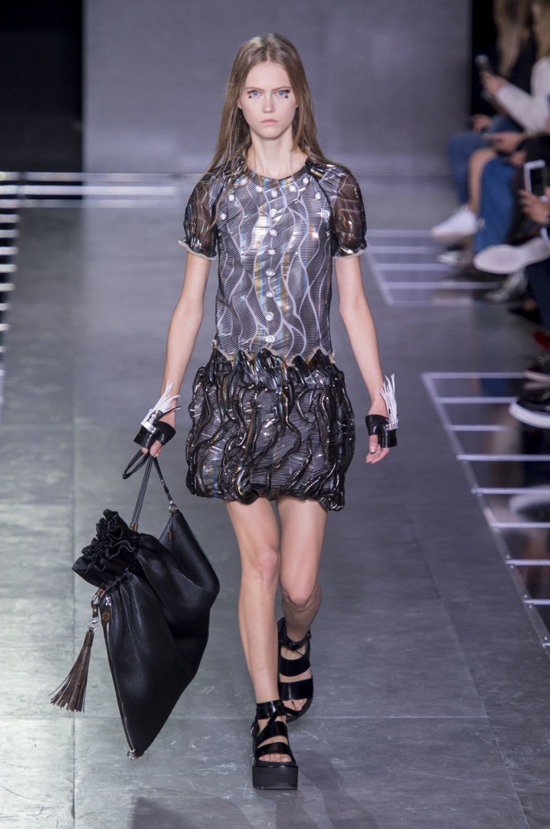 Julie Hoomans on the runway at Louis Vuitton. Photo: Imaxtree
