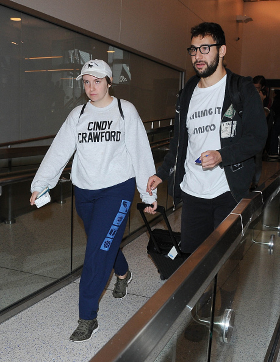 Lena Dunham and Jack Antonoff at LAX Los Angeles. Photo: GVK/Bauer-Griffin/GC Images