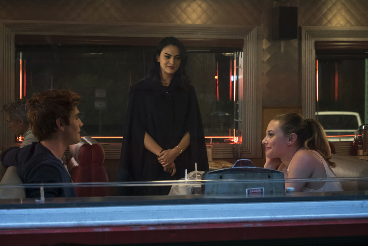 A literal love triangle. Archie (K.J. Apa, (Veronica) Camila Mendes and Betty (Lili Reinhart). Photo: Katie Yu/The CW