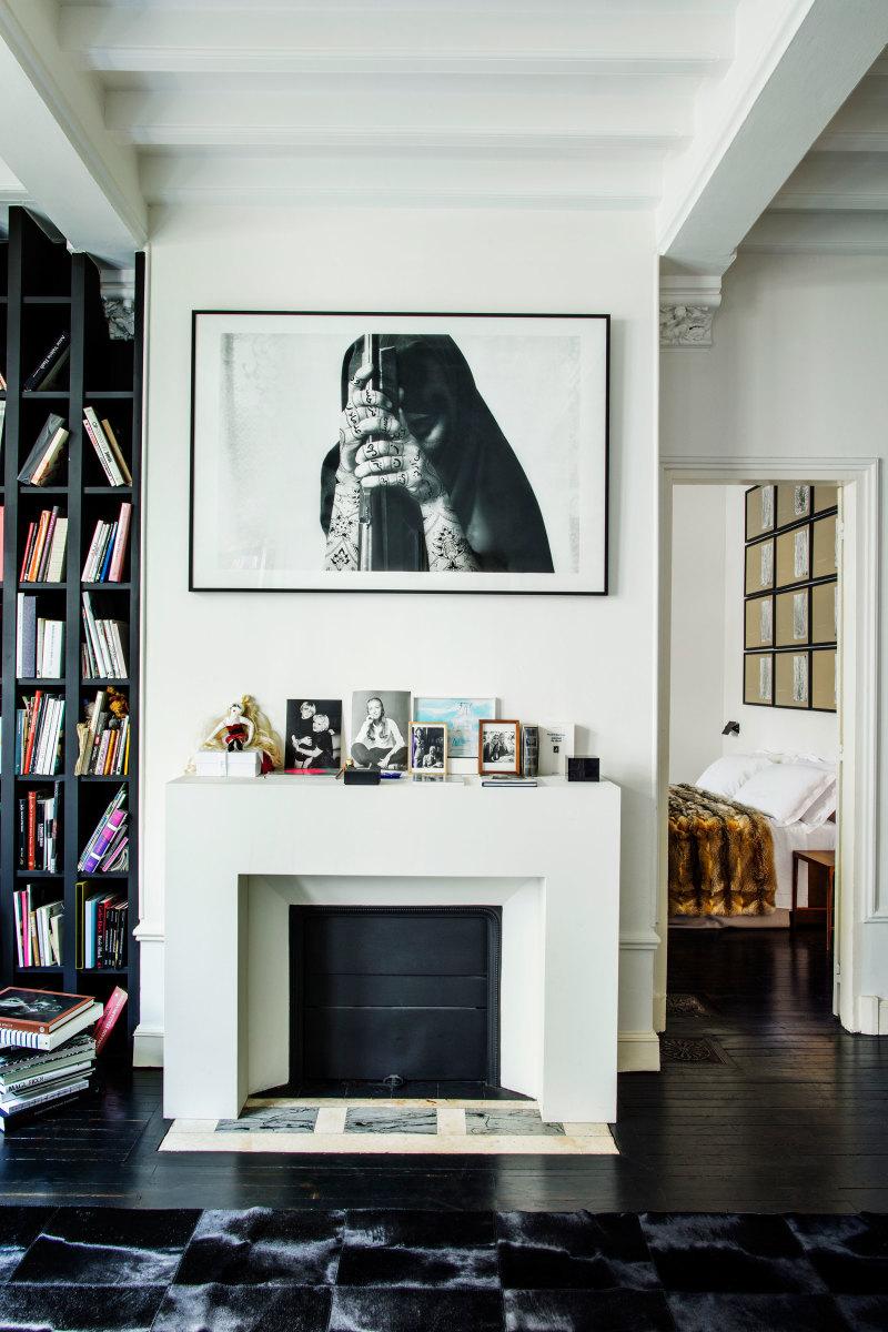 Franca Sozzani's media room. Photo: Matthieu Salvaing/Architectural Digest