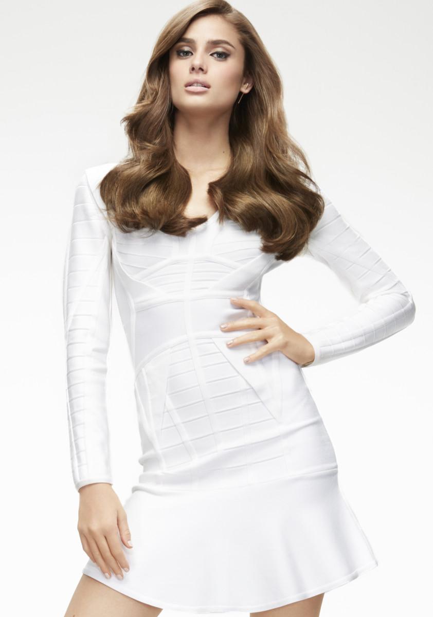 Taylor Hill for L'Oréal Professionnel. Photo: Courtesy of L'Oréal Professionnel.