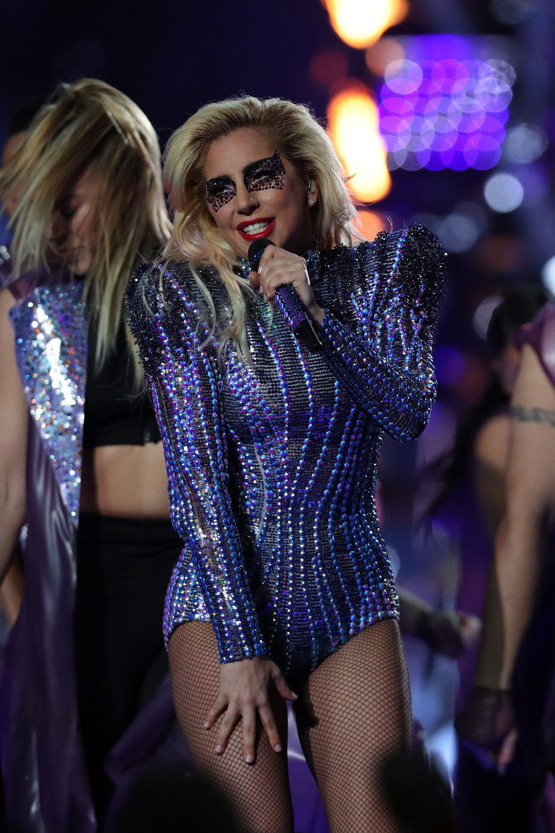 Lady Gaga Wears Versace To A Very Glittery 2017 Super Bowl