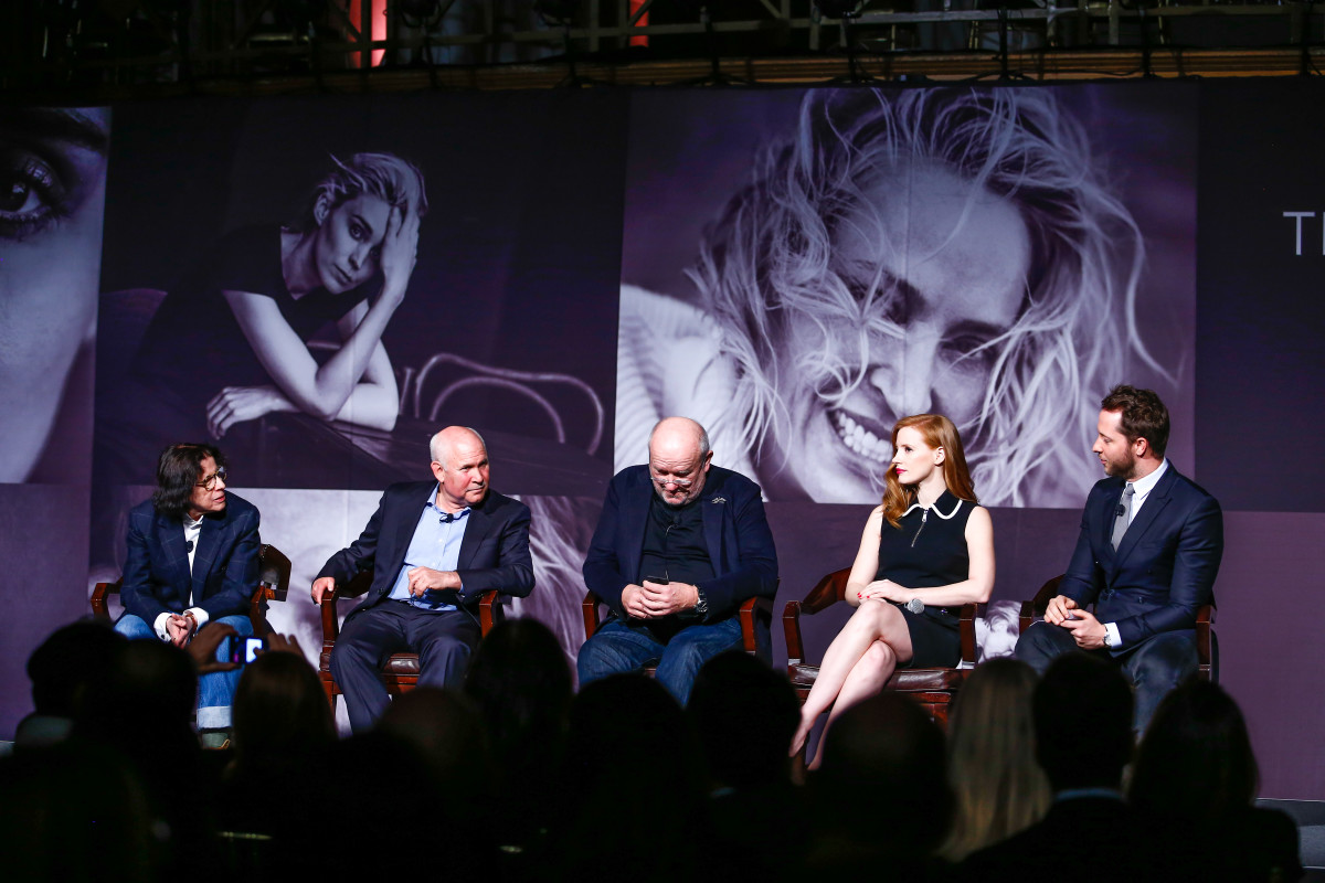 Fran Lebowitz, Steve McCurry, Peter Lindbergh, Jessica Chastain and Derek Blasberg. Photo: Courtesy of Pirelli