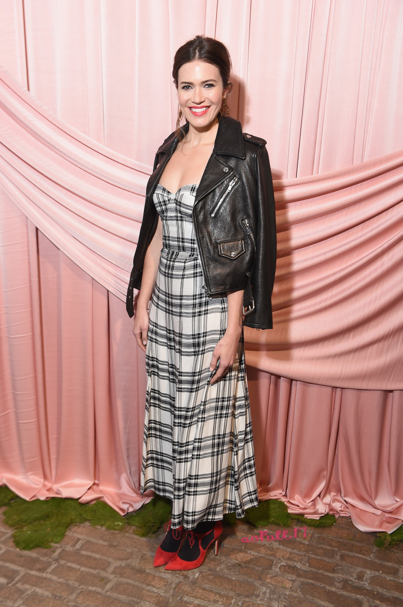 Mandy Moore at the alice + olivia by Stacey Bendet fall 2017 presentation. Photo: Michael Loccisano