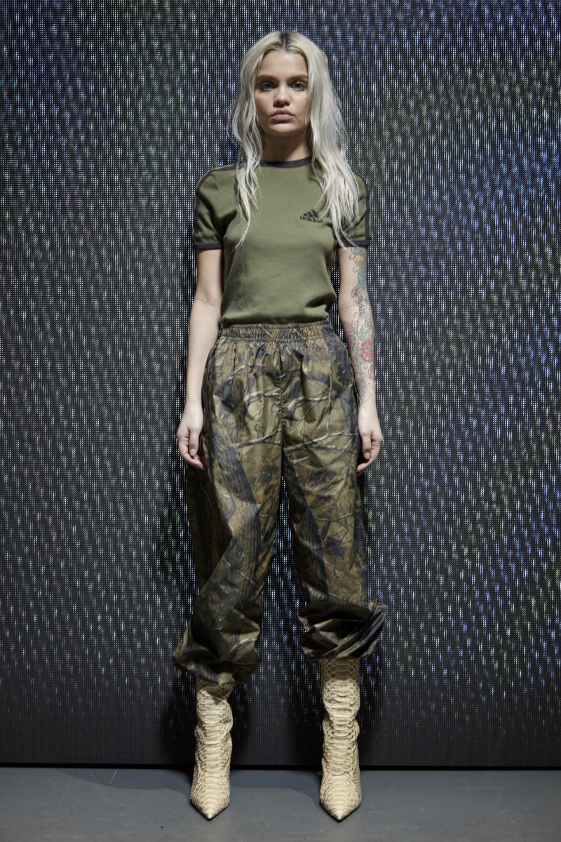 Fashion camouflage clothing for women 11