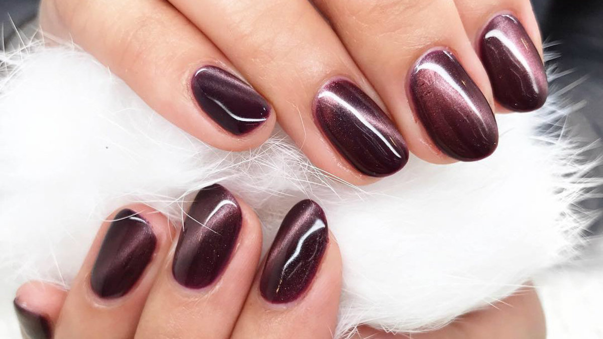 Are Tiger S Eye Nails The Next Big Nail Trend Fashionista