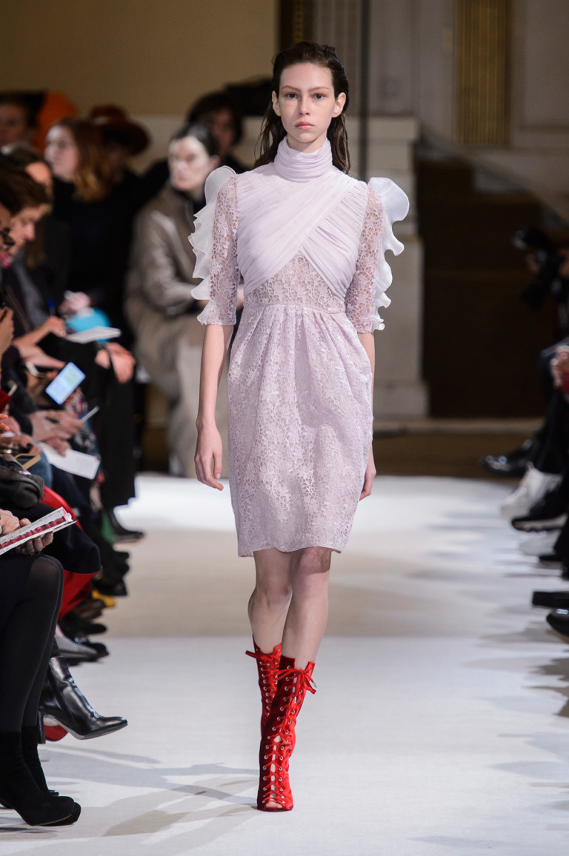 A look from the Giambattista ValliFall 2017 Collection. Photo: Imaxtree