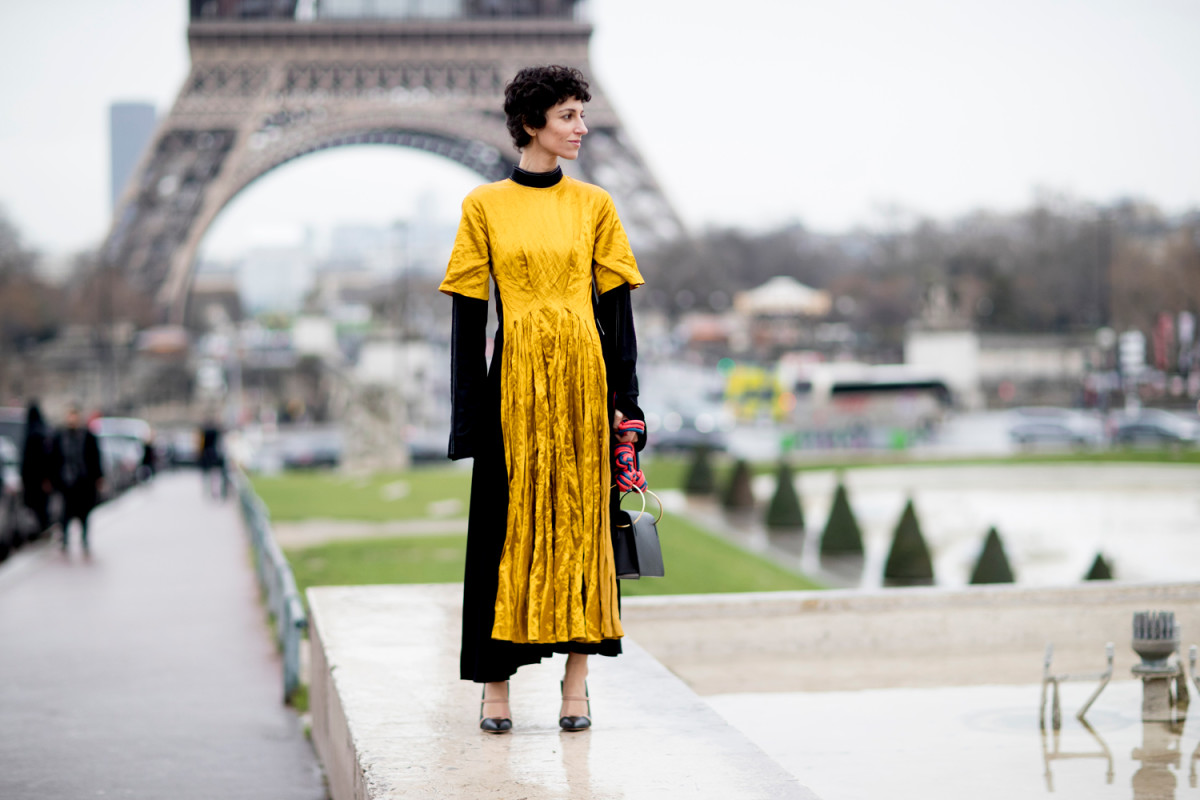 The Best Street Style Looks From Paris Fashion Week Fall 2017 Fashionista