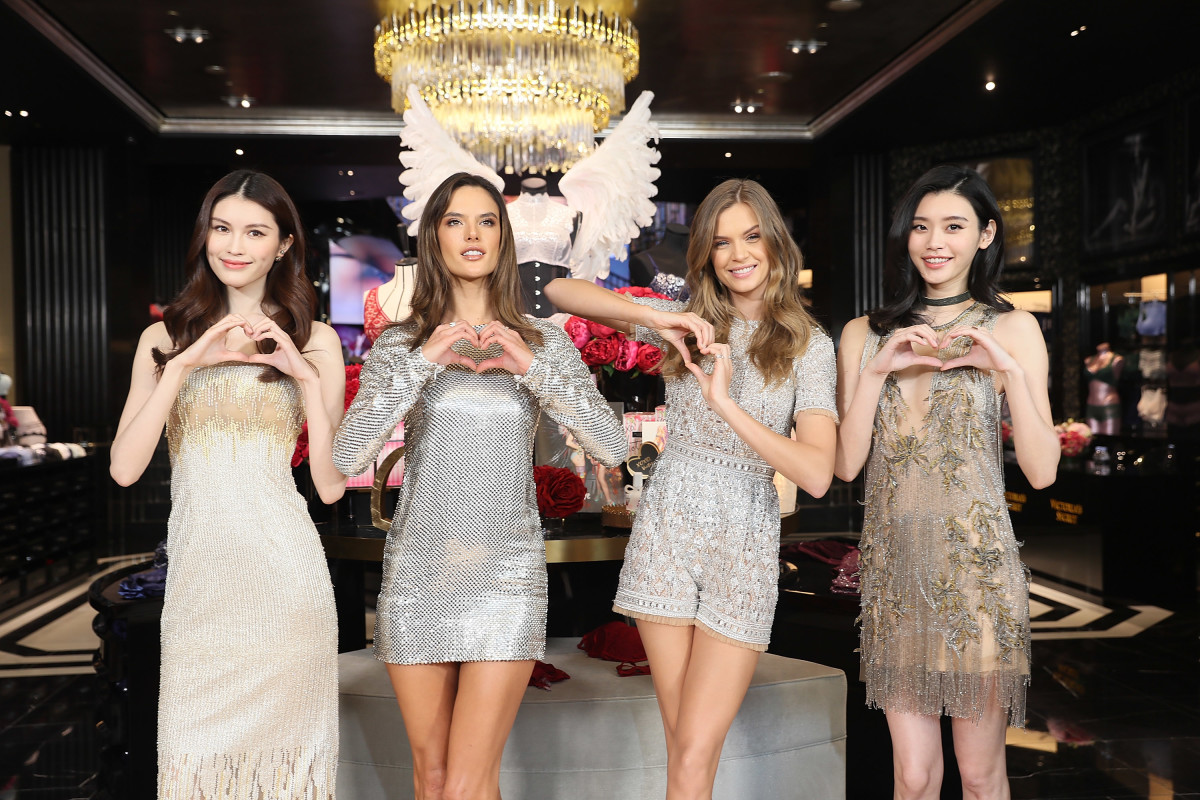 Victoria's Secret models He Sui, Alessandra Ambrosio, Josephine Skriver and Xi Mengyao at the grand opening of Victoria's Secret Shanghai flagship store. Photo: Hu Chengwei/Getty Images