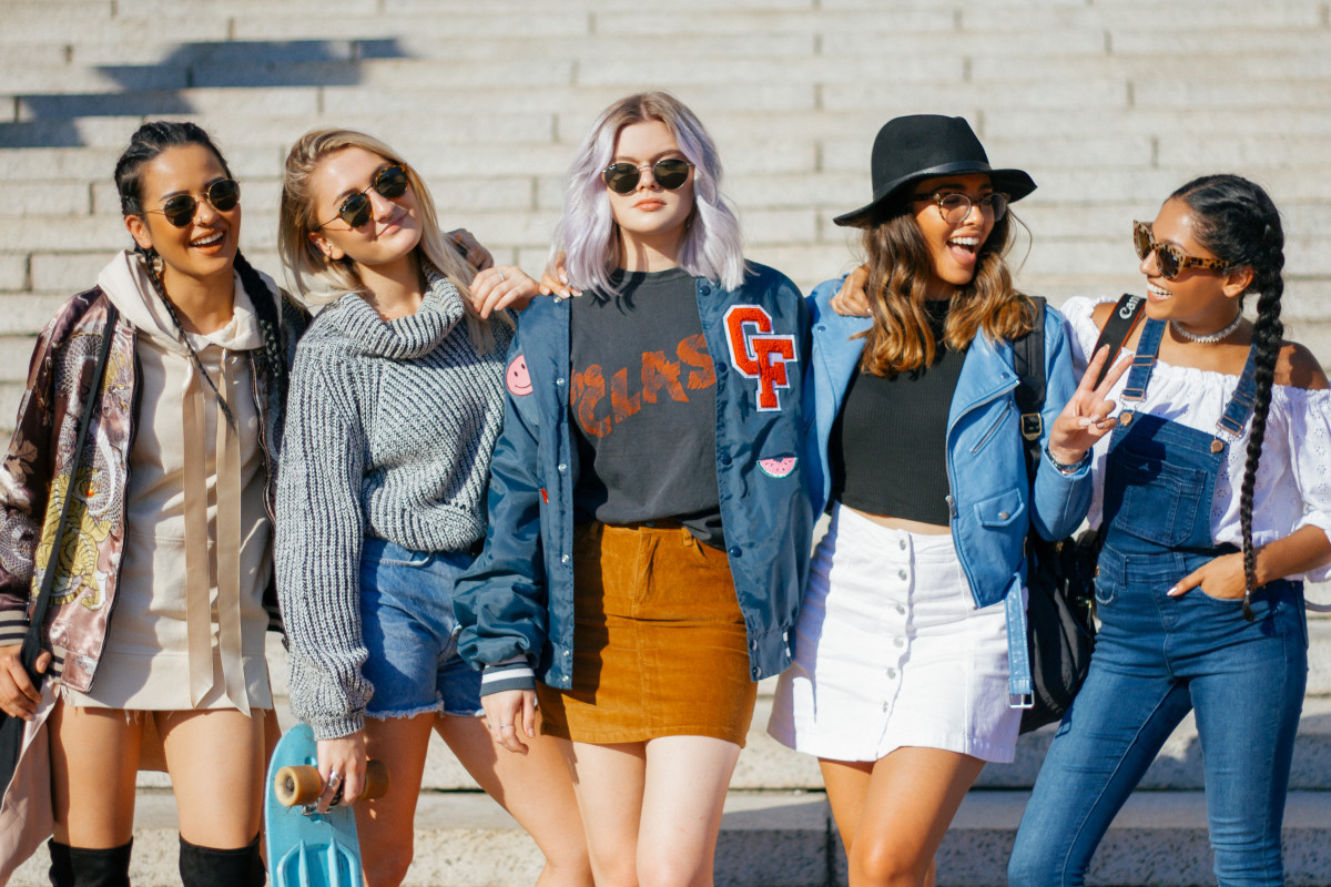 CollegeFashionista is Looking For Summer 2017 Style Gurus At ...