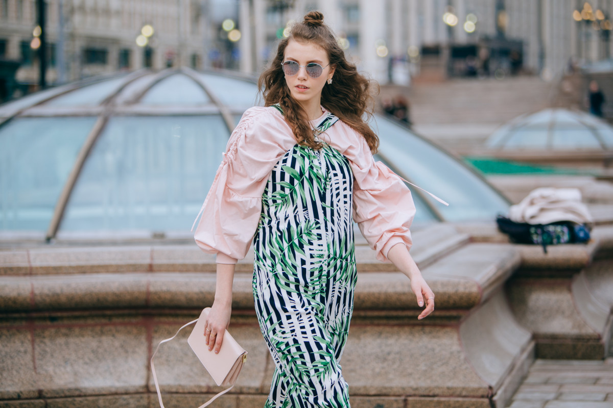 On the street in Moscow at Mercedes-Benz Fashion Week Russia. Photo: Mercedes-Benz Fashion Week Russia