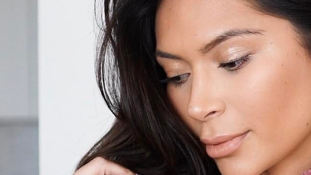 Glossy Eyes Really Can Work IRL—This Is How