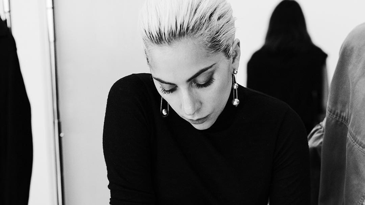 Lady Gaga S Chic Campaign For Tiffany Amp Co Is Here