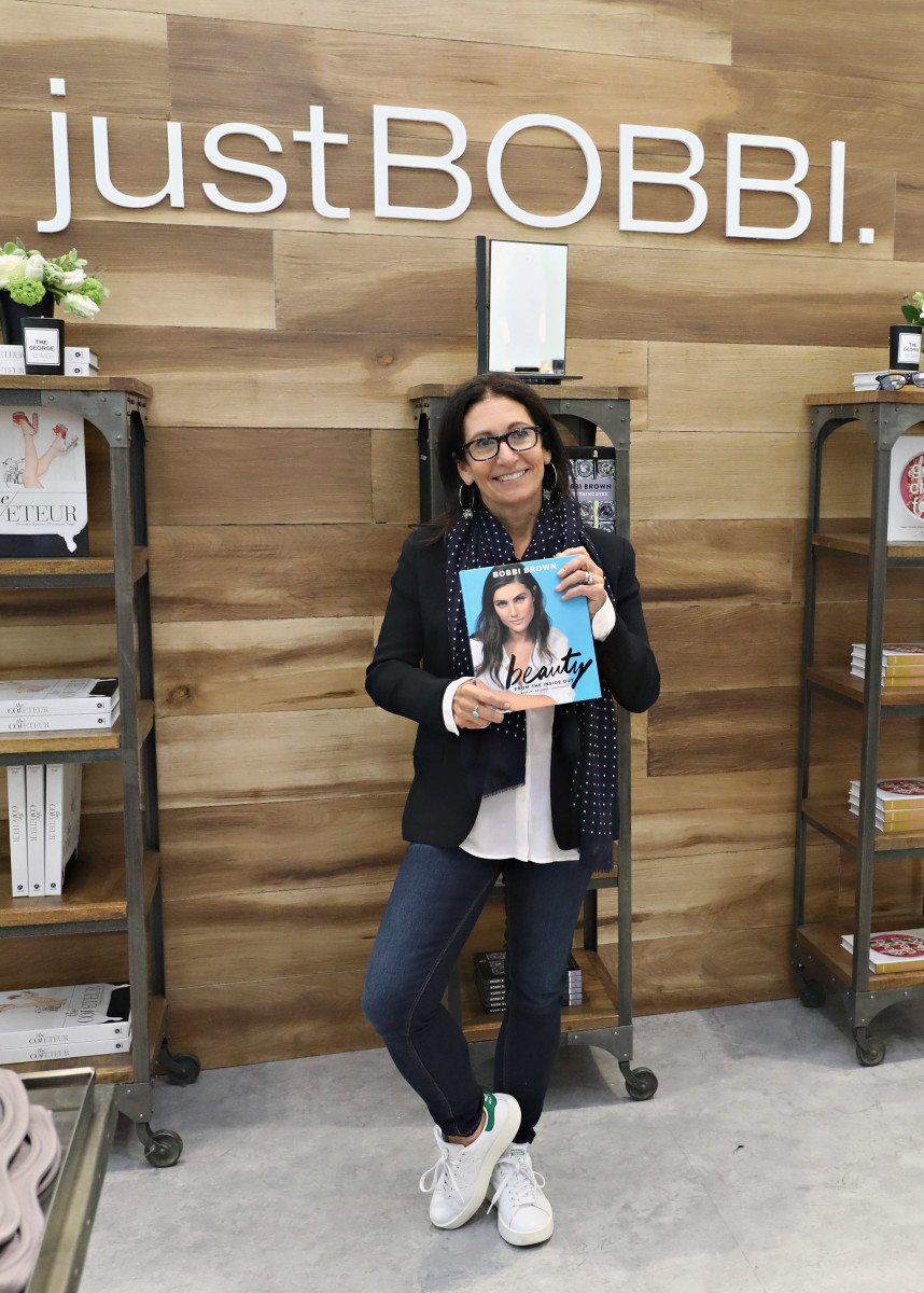 Bobbi Brown models her signature #aesthetic and her new book at Lord & Taylor. Photo: courtesy