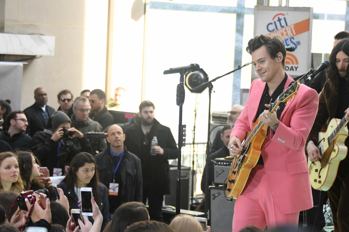 """Harry Styles performs on NBC's """"Today"""" at Rockefeller Plaza on Tuesday in New York City. Photo: Mike Coppola/Getty Images"""