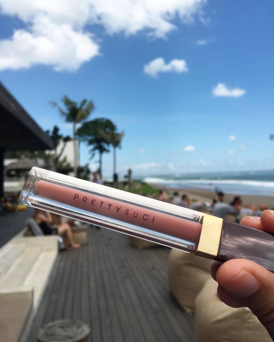 A halal lip cream. Photo: @prettysuci/Instagram