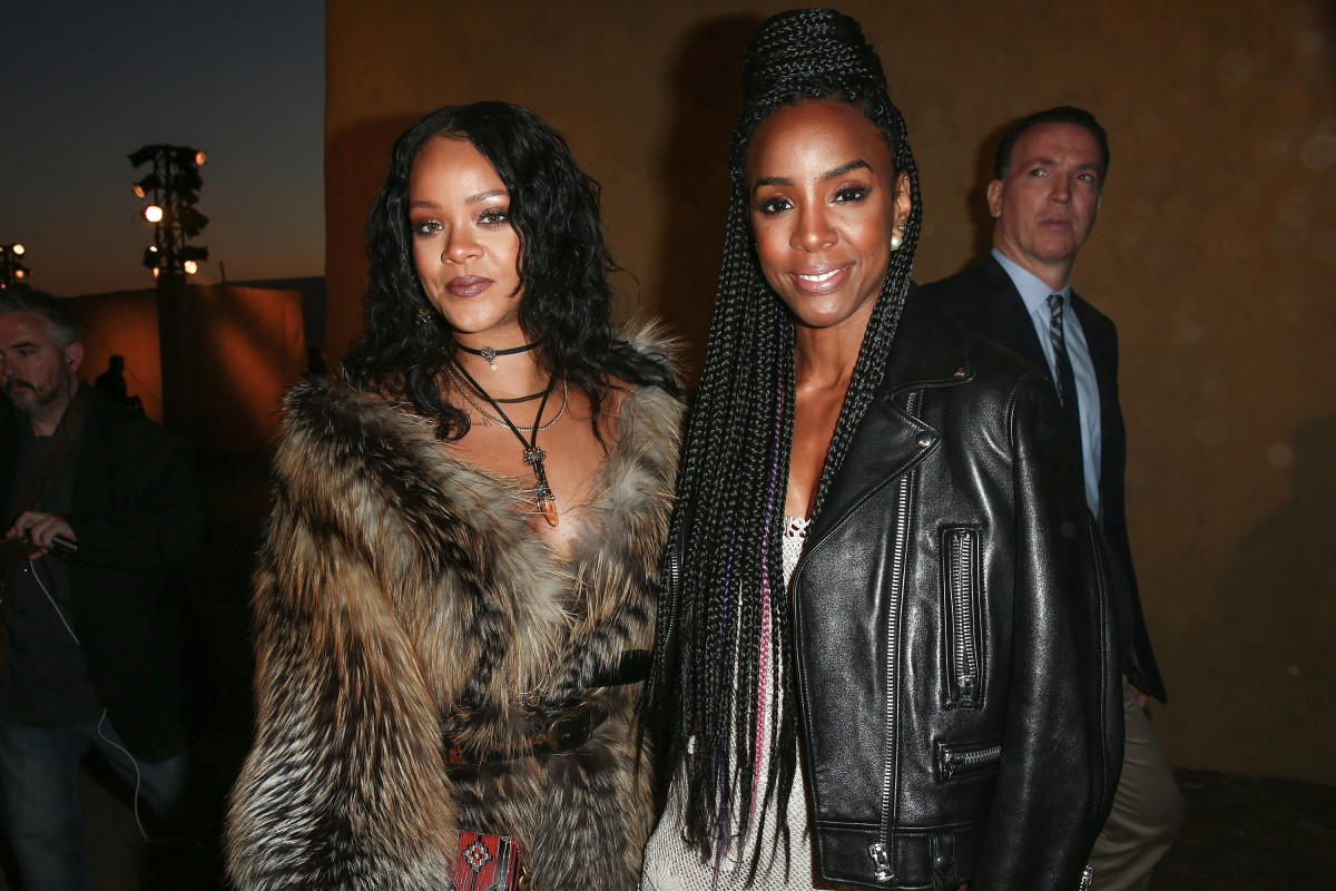 45836f9766 See What Stars Like Rihanna, Solange and Charlize Theron Wore to ...