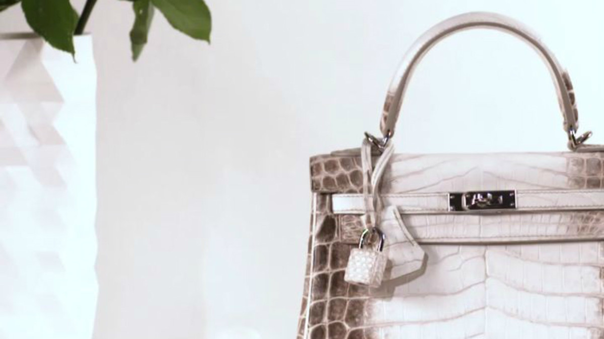 94deab17a68c This Hermès White Crocodile Birkin Just Became the World s Most Expensive  Handbag - Fashionista