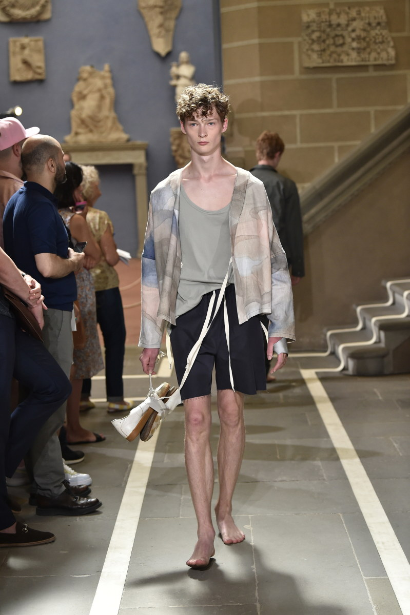 A look from Federico Curradi's Spring 2018 show. Photo: Giovanni Giannoni for Pitti Uomo