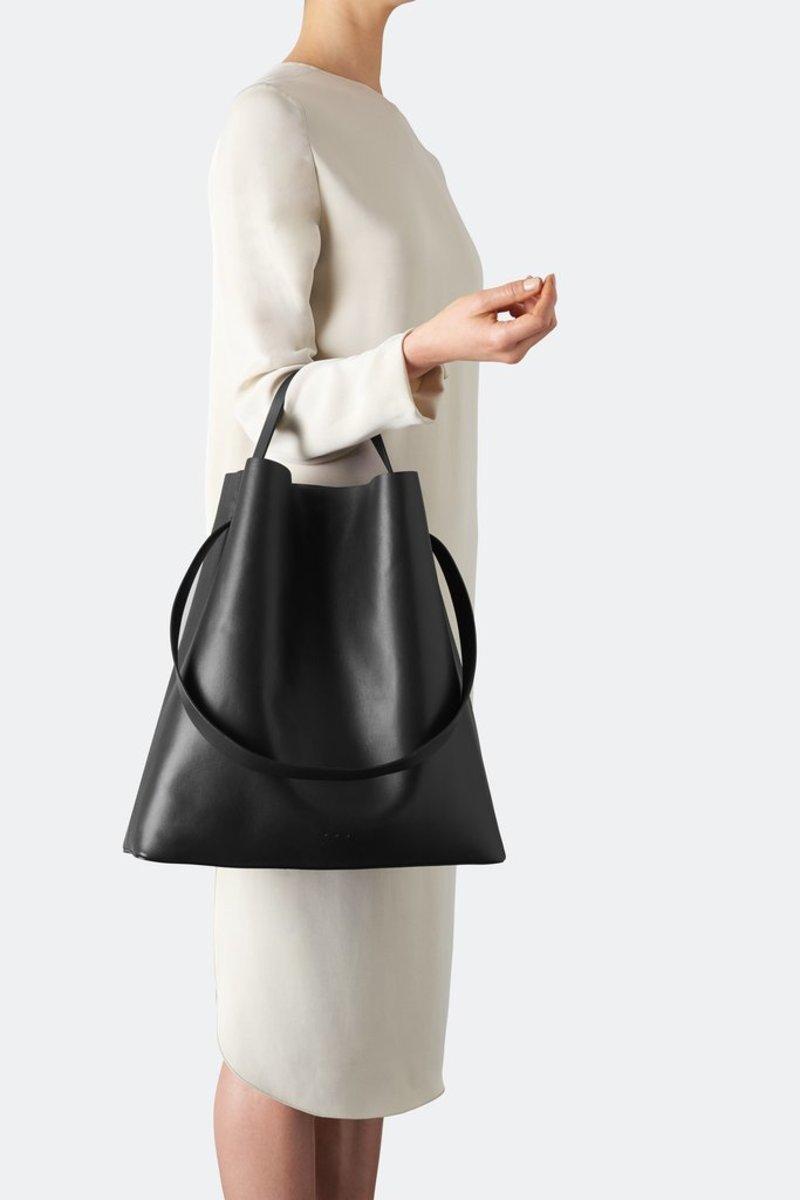 9 Up-and-Coming Handbag Brands to Shop for Fall - Fashionista 2e33b8898e