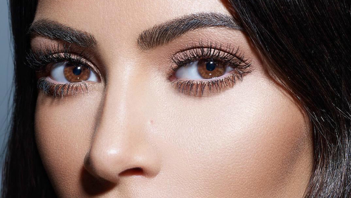a42286386ef I Went to Mario Dedivanovic's Kim Kardashian Makeup Master Class and Took  19 Pages of Notes - Fashionista