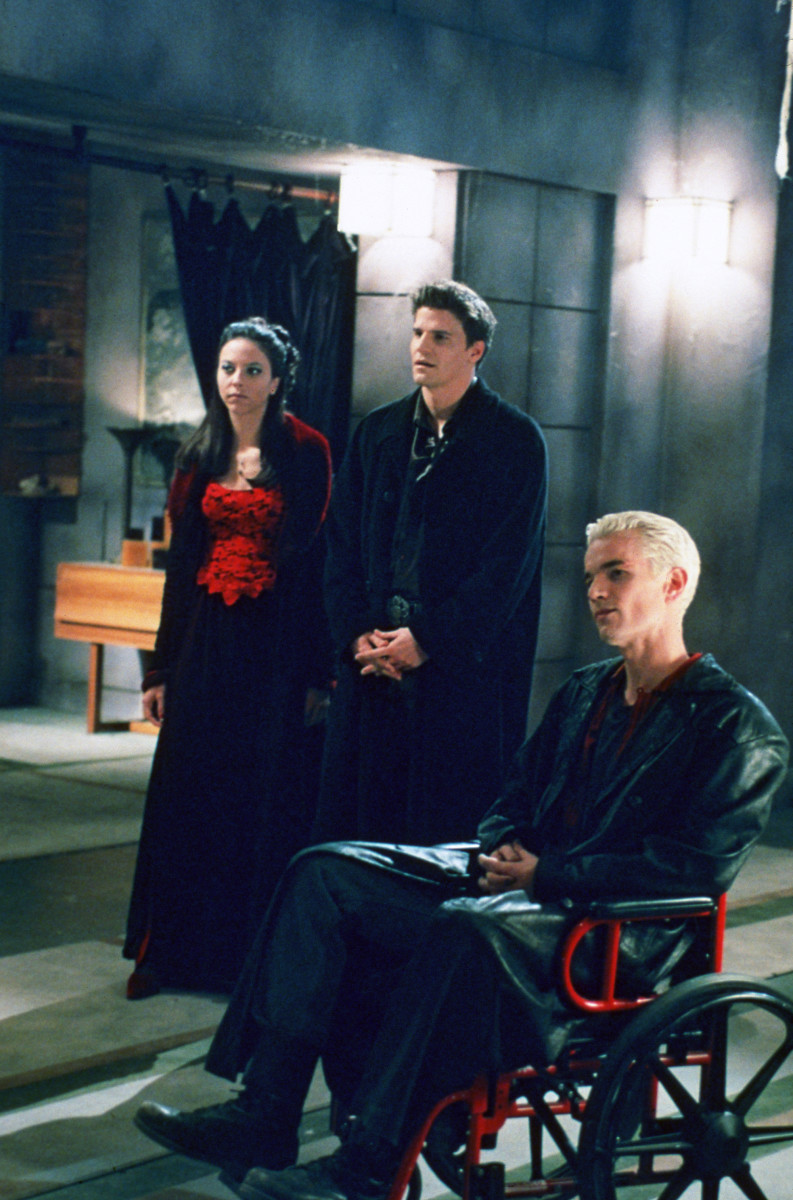 Drusilla [Juliet Landau], Angel (David Boreanaz) and Spike (James Marsden). #TeamAngel or #TeamSpike? Photo: © 1997-2003 Twentieth Century Fox Film Corporation. All Rights Reserved.
