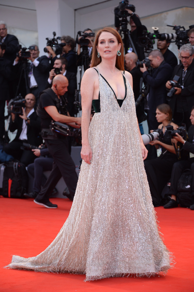 Julianne Moore in Valentino Haute Couture. Photo: Courtesy of Valentino/Getty Images