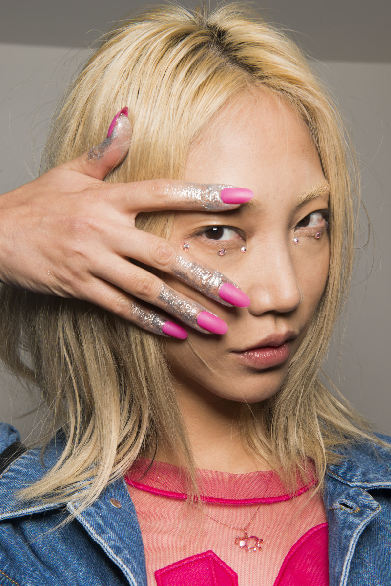 The Best Nail Art and Polish from New York Fashion Week Spring 2018 ...
