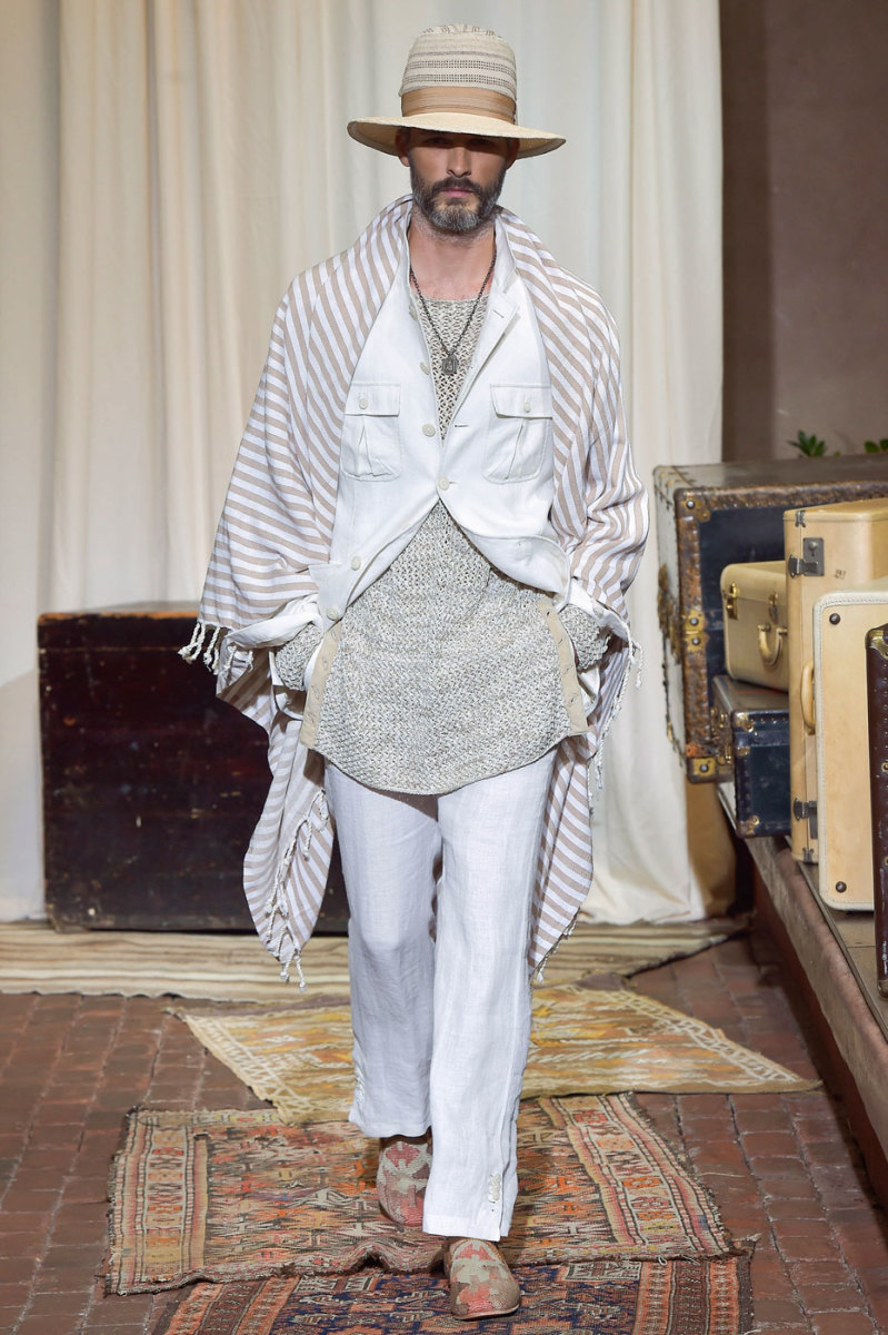 A look from the Joseph Abboud spring 2017 collection. Photo: Imaxtree