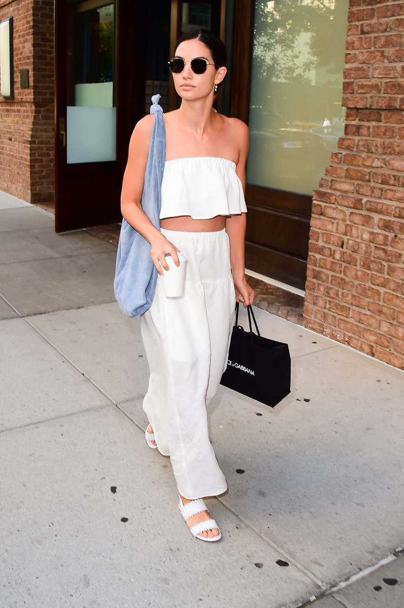 Lily Aldridge's prime summer in the city look. Photo: Raymond Hall/GC Images