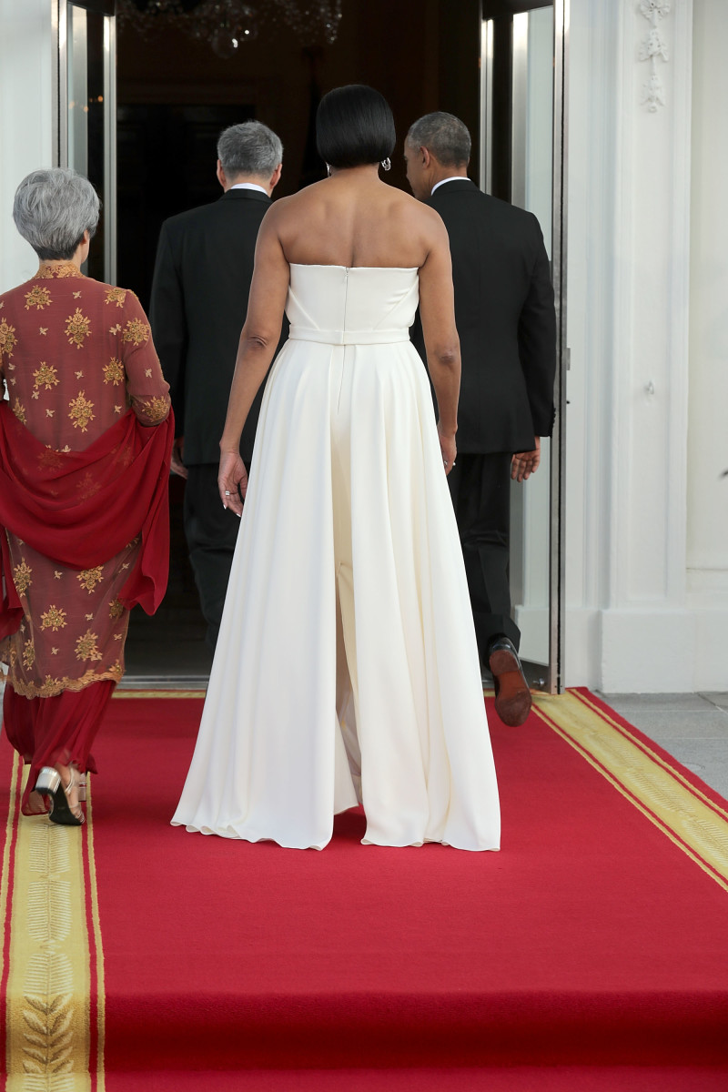 Ho Ching, First Lady Michelle Obama, Prime Minister Lee Hsien Loong of Singapore and President Barack Obama walk into the White House on Tuesday. Photo: Chip Somodevilla/Getty Images