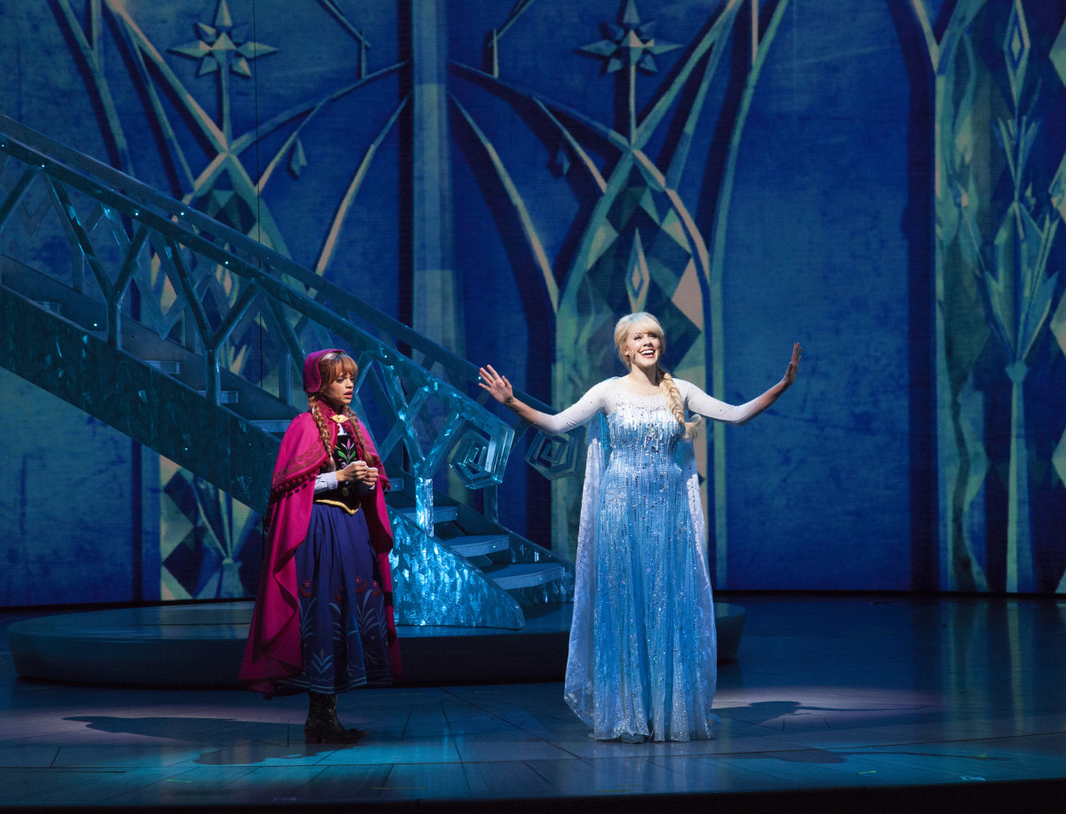 Anna marveling over Elsa's new makeover. Photo: Disney