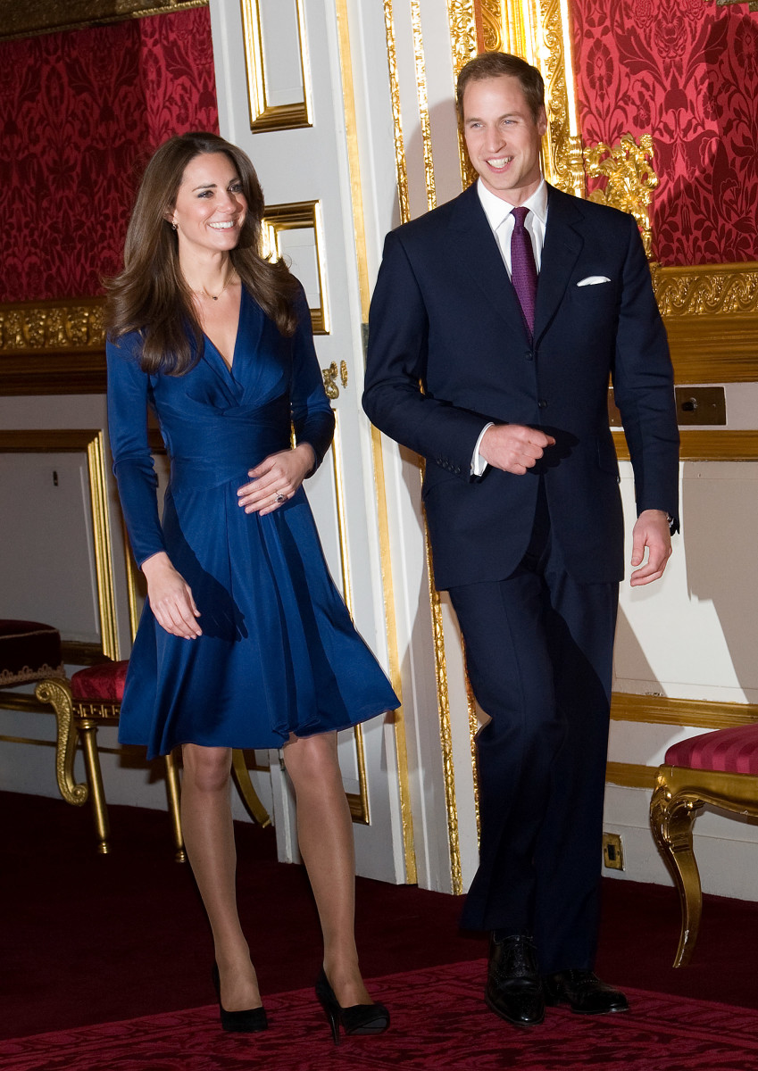 Kate Middleton and Prince William at theirofficial engagement announcement in London on November 16, 2010. Photo: Samir Hussein/Getty Images