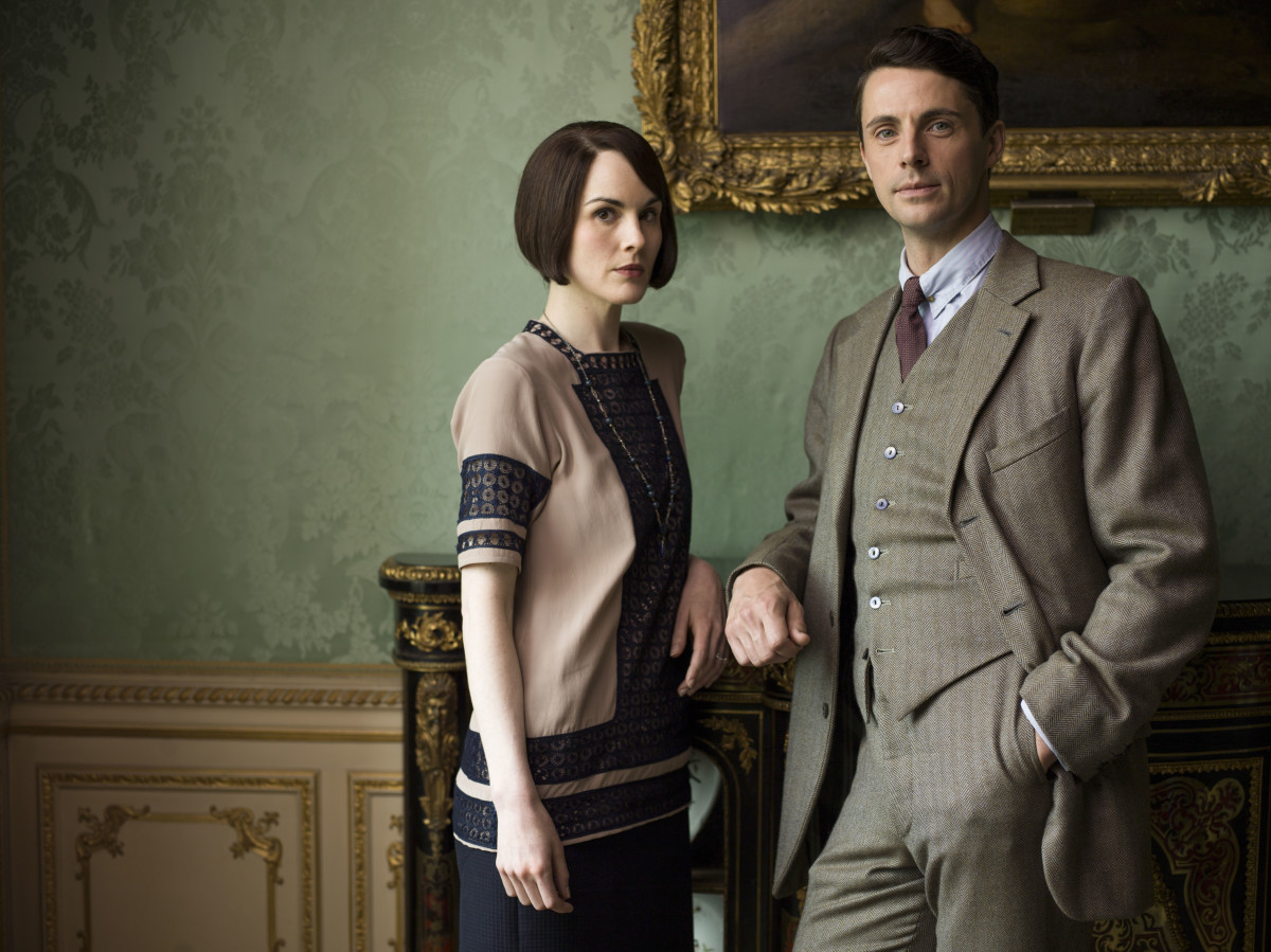 """Mary's acceptance of her feelings for Henry was an important emotional turning point and we explored the softest hues and textiles within her wardrobe for those scenes,"" Robbins says. Lady Mary (Michelle Dockery) and future hubs Henry (Matthew Goode). Photo: Nick Briggs/Carnival Film & Television Limited 2015 for MASTERPIECE"