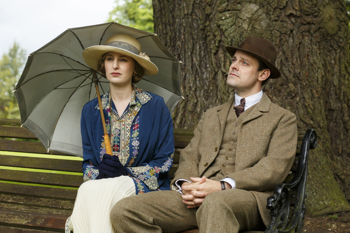 Lady Edith (Laura Carmichael) and Bertie (Harry Hadden-Paton) Photo: Nick Briggs/Carnival Film & Television Limited 2015 for MASTERPIECE