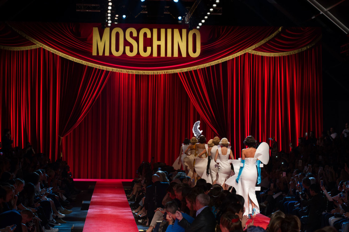 The finale walk at Moschino spring 2017. Photo: Imaxtree