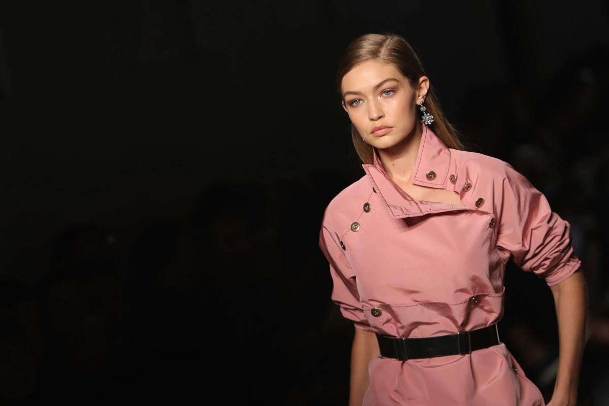 Gigi Hadid atBottega Veneta's spring 2017 show during Milan Fashion Week. Photo: Vittorio Zunino Celotto/Getty Images