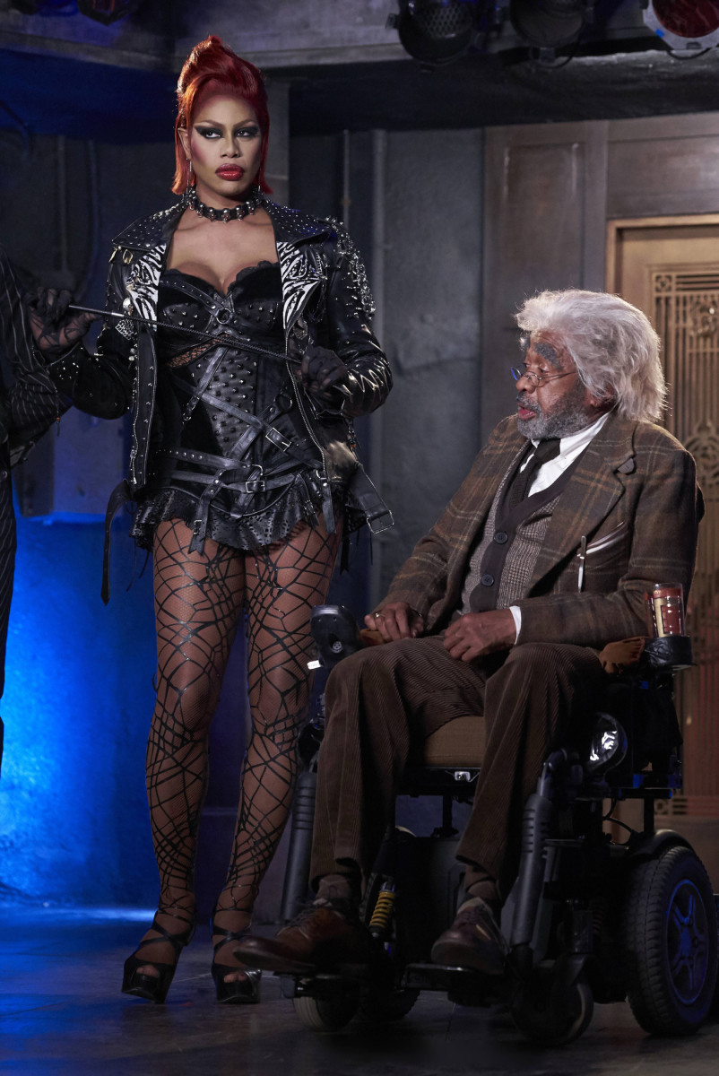 Dr. Frank-N-Furter (Laverne Cox) in her fishnets and the Narrator (Ben Vereen). Photo: Steve Wilkie/FOX