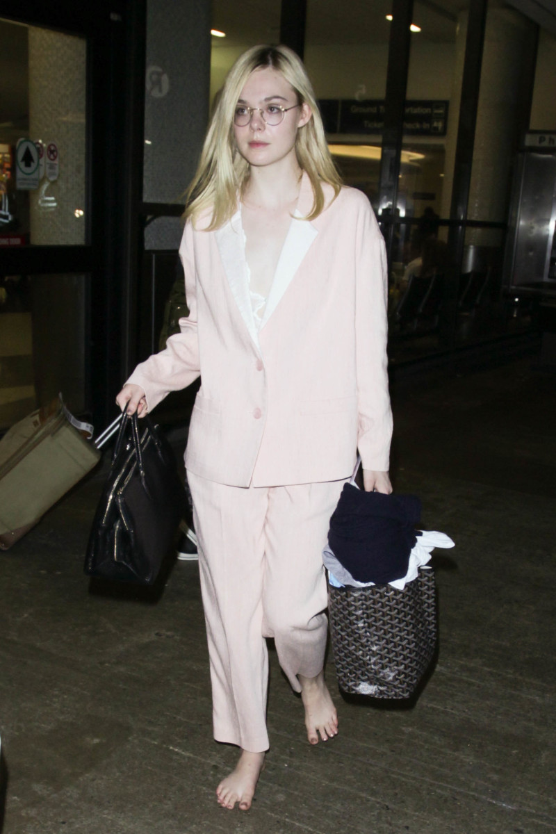 Elle Fanning at the LAX Airport. Photo: starzfly/Bauer-Griffin/GC Image