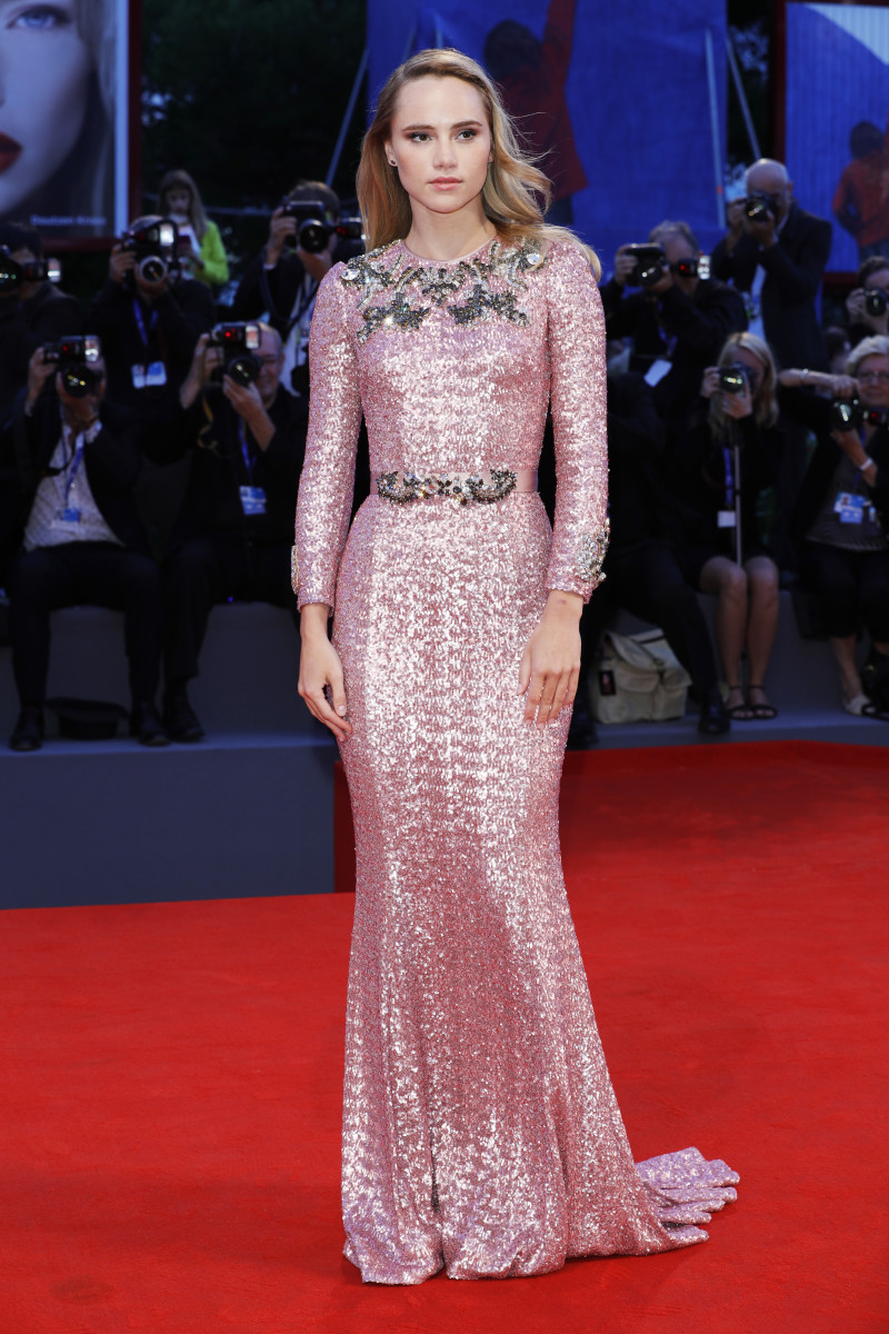 Suki Waterhouse in Dolce & Gabbana at the Venice Film Festival. Photo: Andreas Rentz/Getty Images
