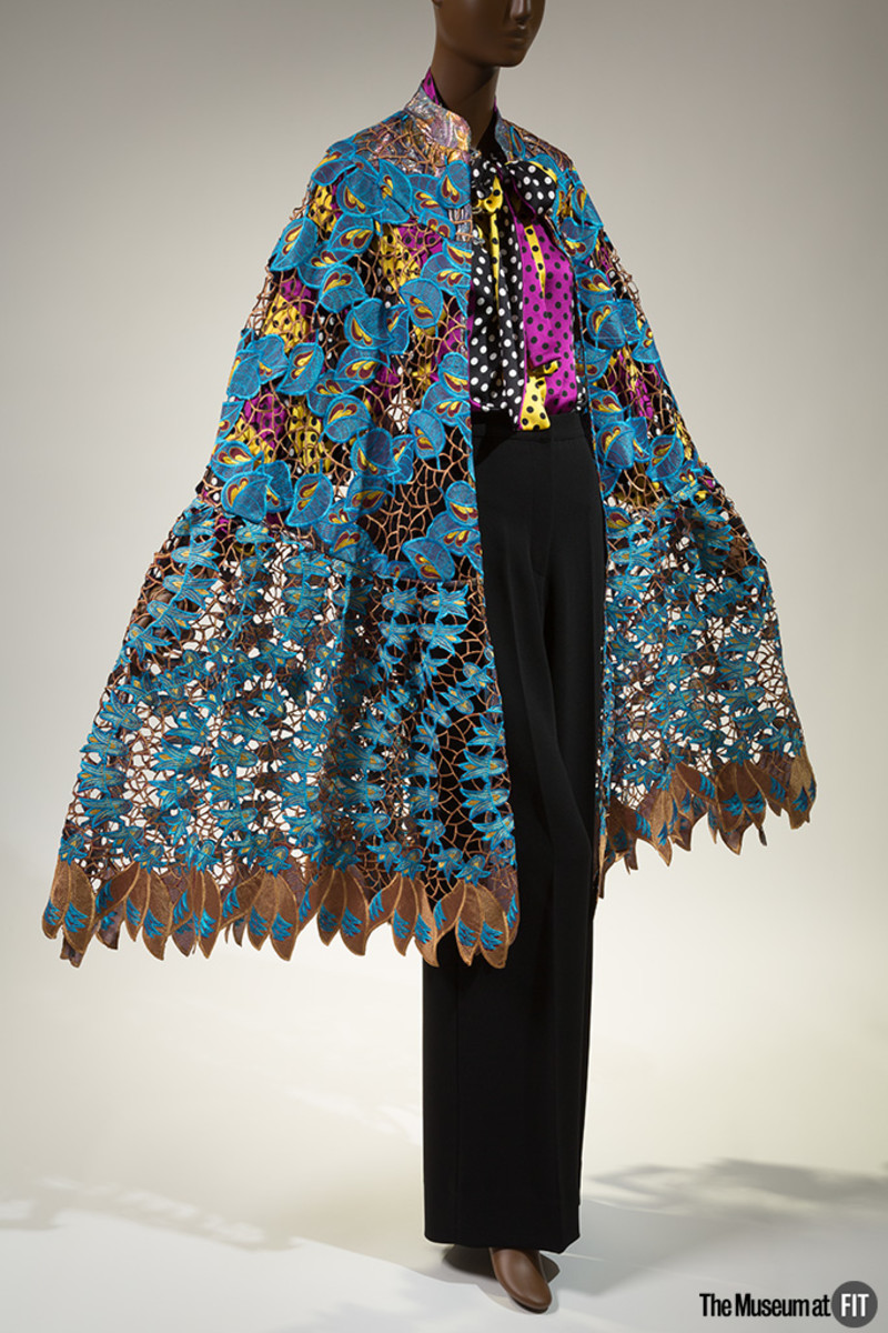Duro Olowu, ensemble, Fall 2012, England. Gift of Duro Olowu, 2016.65.1. Photo: Eileen Costa.The Museum at FIT