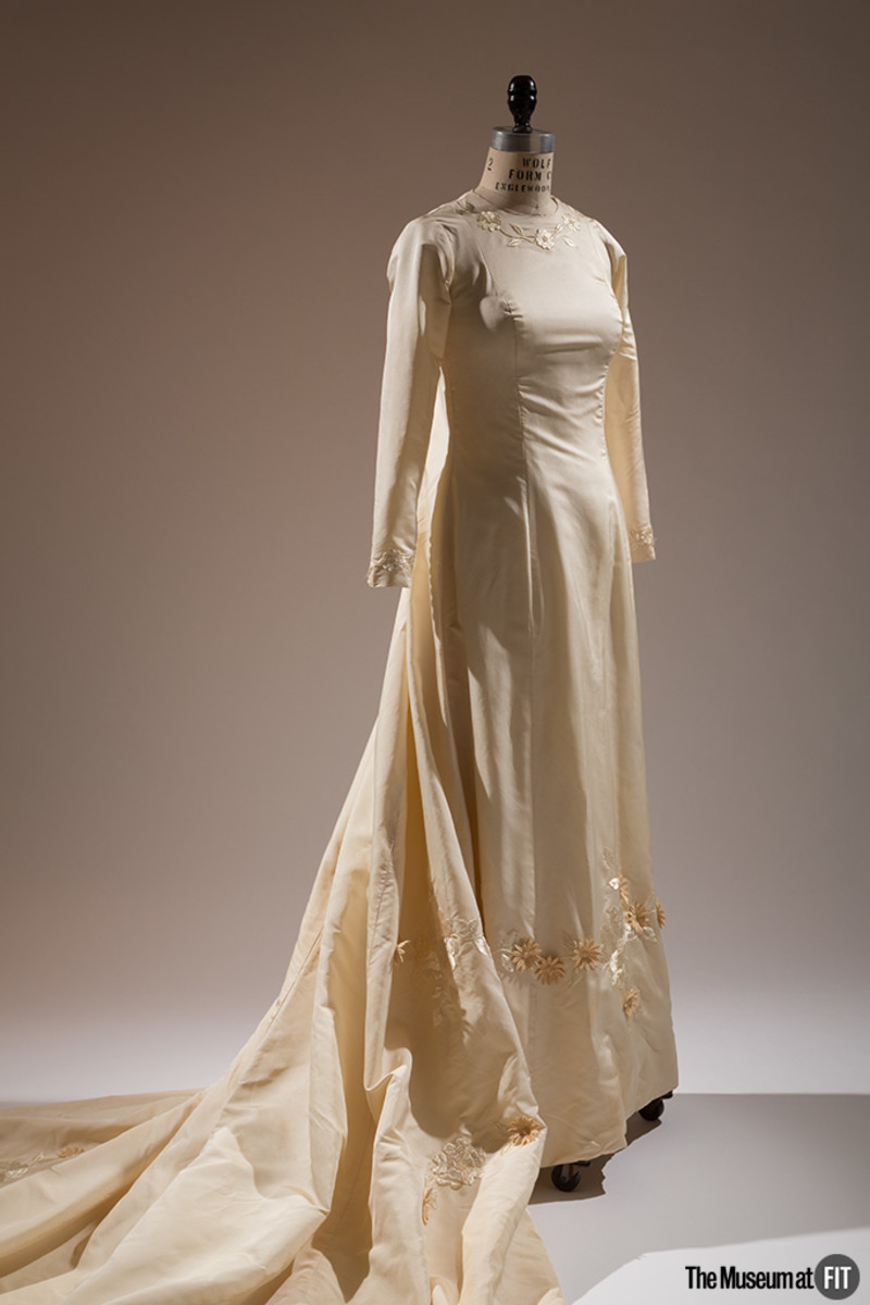 Ann Lowe, wedding dress, 1968, USA. Gift of Judith A. Tabler, 2009.70.2. Photo: Eileen Costa/The Museum at FIT