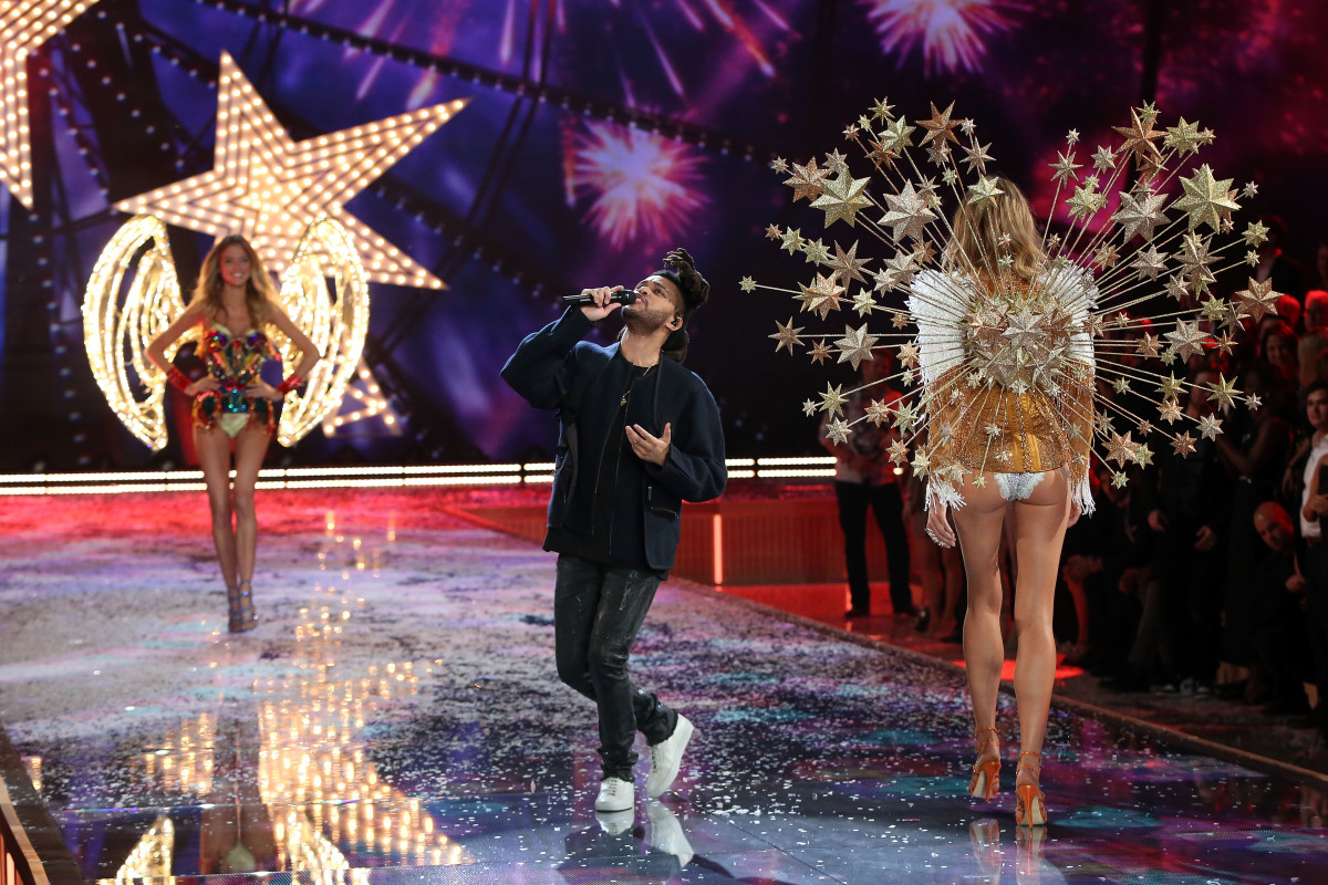 The Weeknd performs at the 2015 Victoria's Secret Fashion Show in New York City. Photo: Taylor Hill/Getty Images
