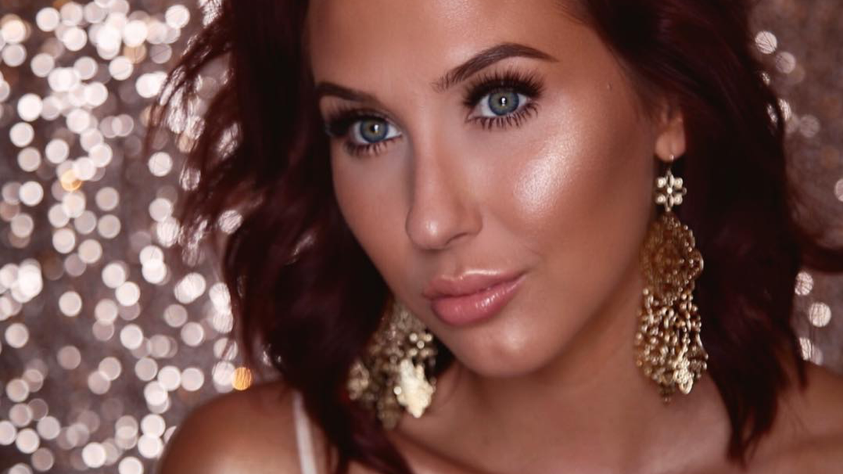 The 11 Best Youtube Makeup Tutorials To Try Now