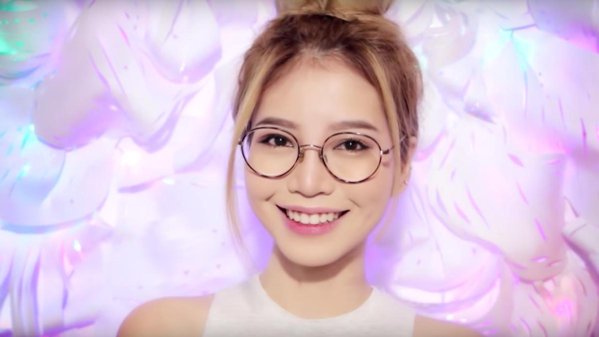 Glasses Makeup Tutorial