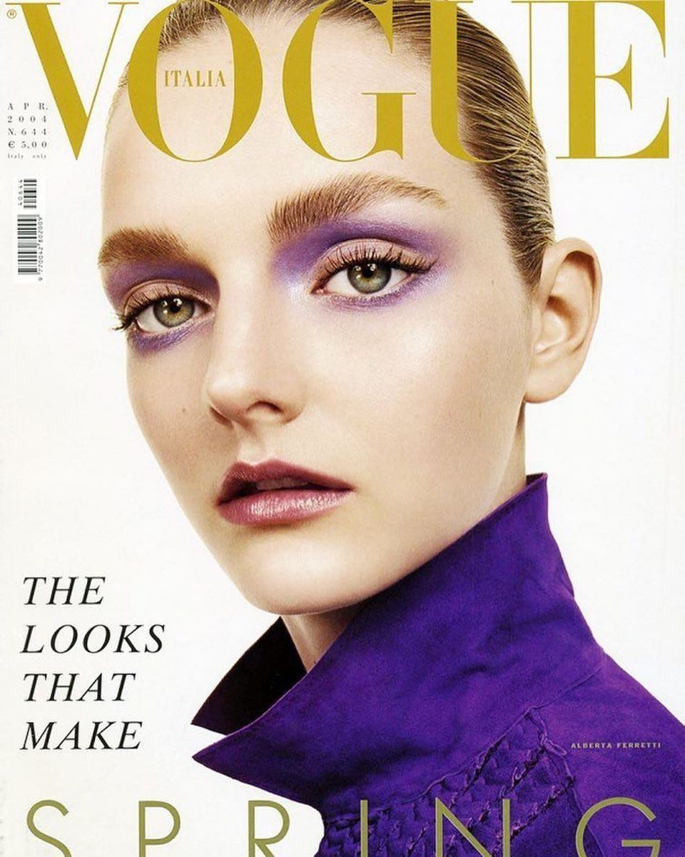 "Lydia Hearst in violet makeup by Pat McGrath on the April 2004 issue of ""Vogue"" Italia, photographed by Steven Meisel. Photo: Steven Meisel/Vogue Italia/@patmcgrathreal/Instagram"